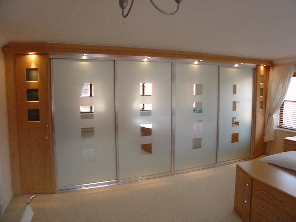 Polished Silver Sliding Wardrobes With Sandblasted Mirror